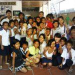 Nourrir, règles d'hygiène, soins et éducation - Ecoliers - Les restaurants des enfants